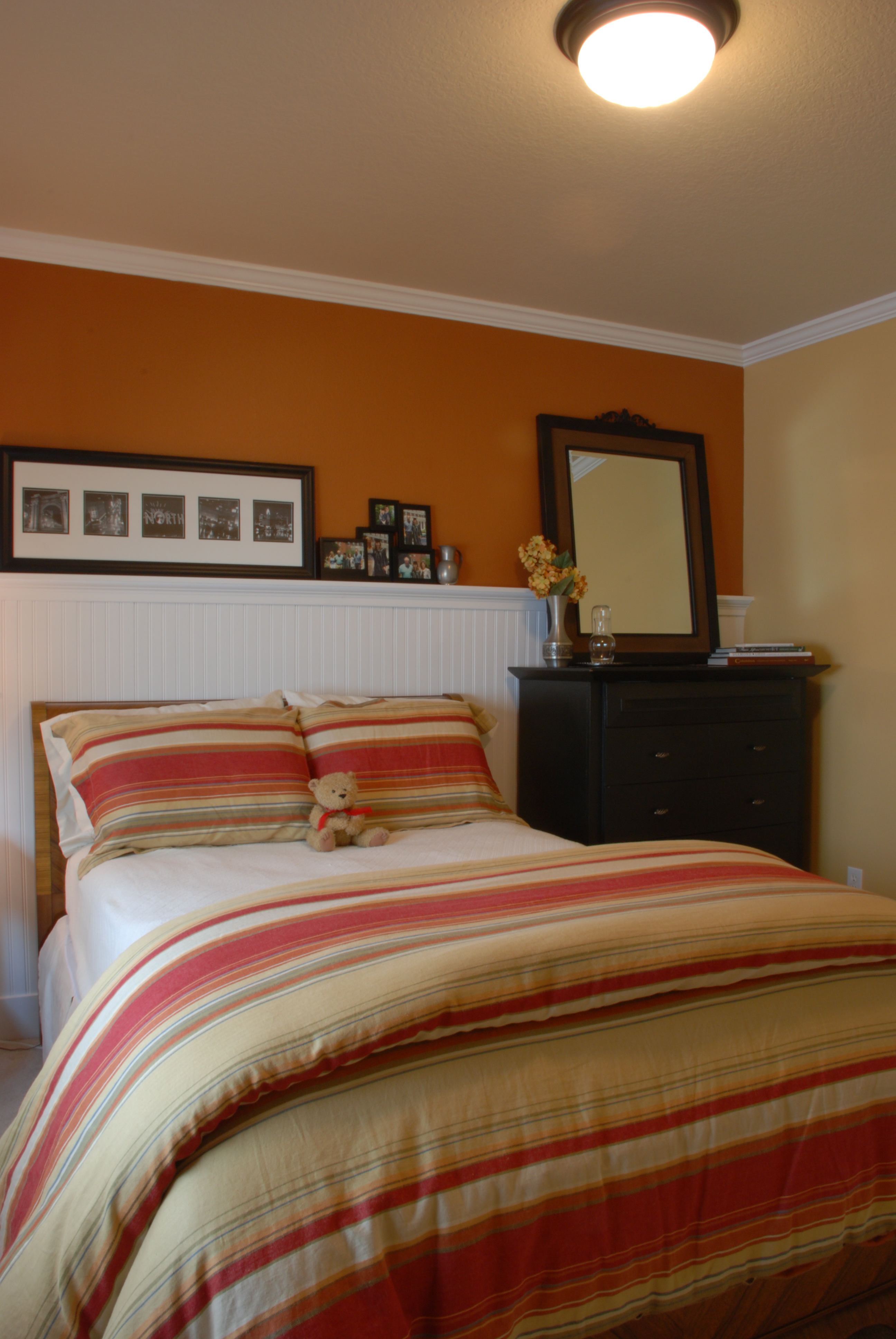 Beautiful guest bedroom transformation for Pictures of beautiful guest bedrooms